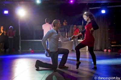 Хастл и танцевальный этикет вечеринок